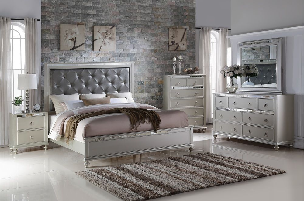 Image of: Coralayne Bedroom Set For Sale