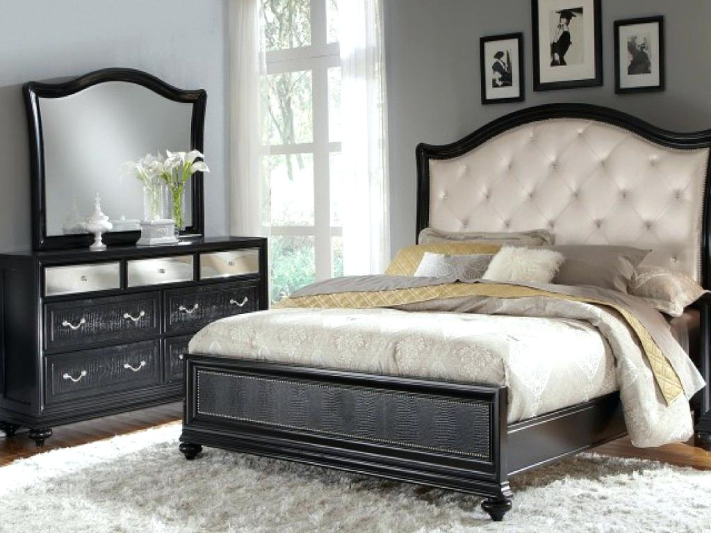Image of: Coralayne Bedroom Set Queen