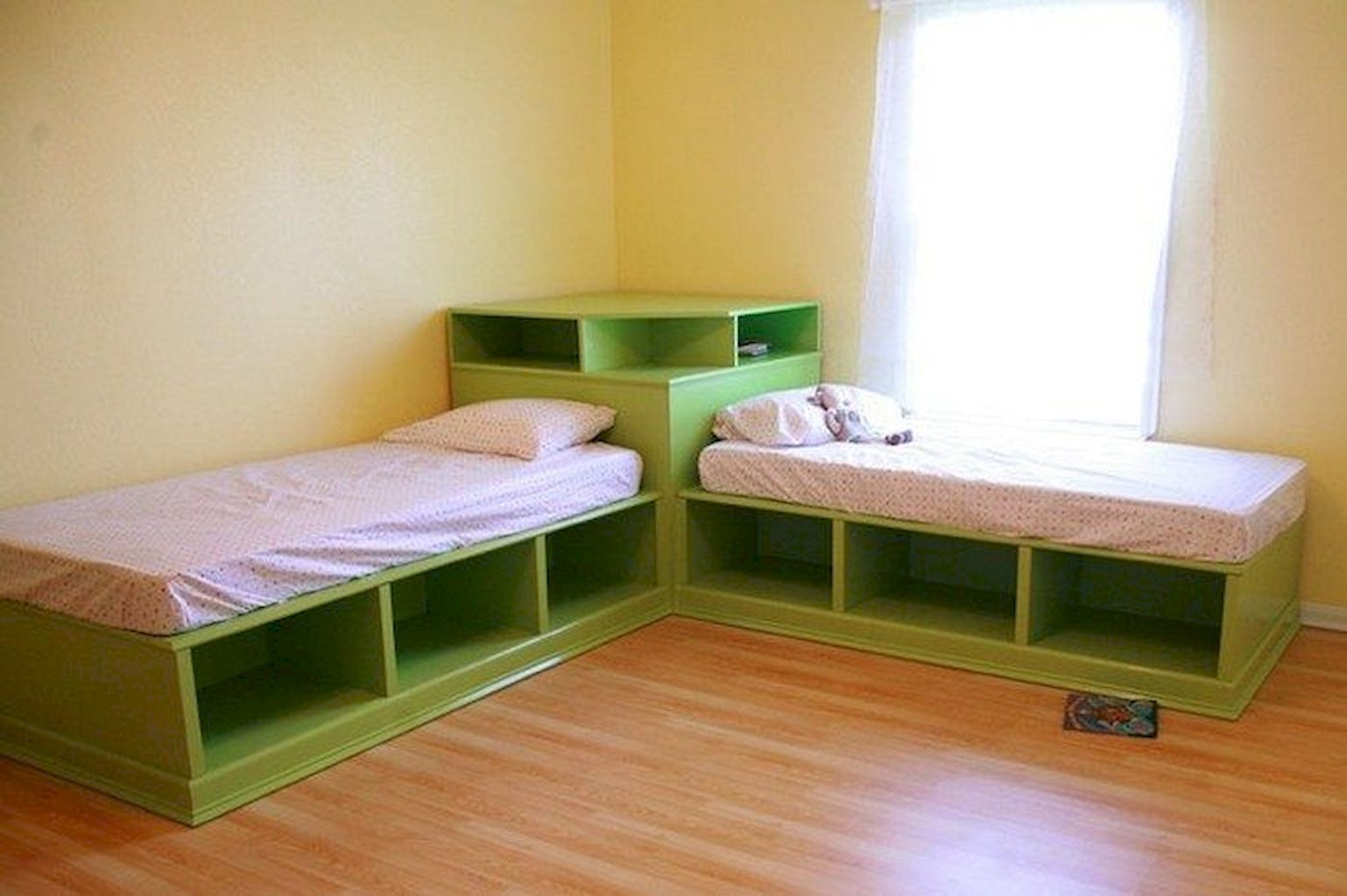 Corner Twin Beds With Storage Under Them