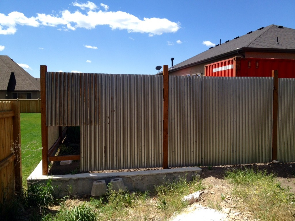 Image of: Corrugated Metal Fence DIY Art
