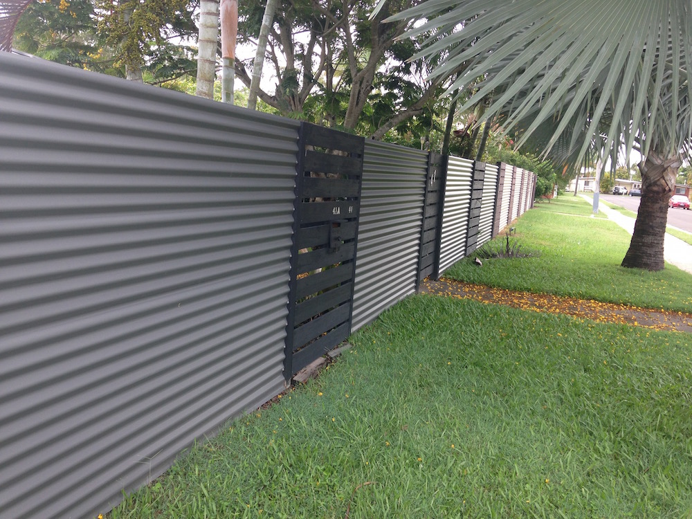 Building Metal Picket Fence
