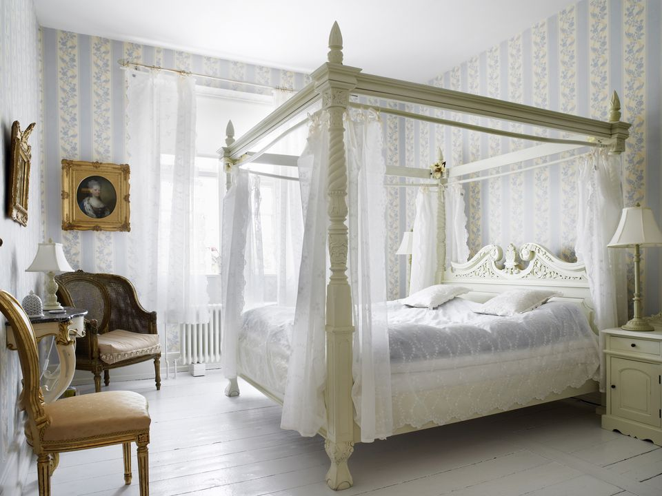 Image of: Country French Bedroom Set