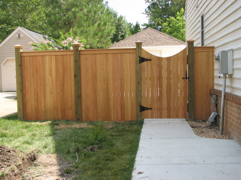 Picture of: Curved Wood Fence Gate Hardware