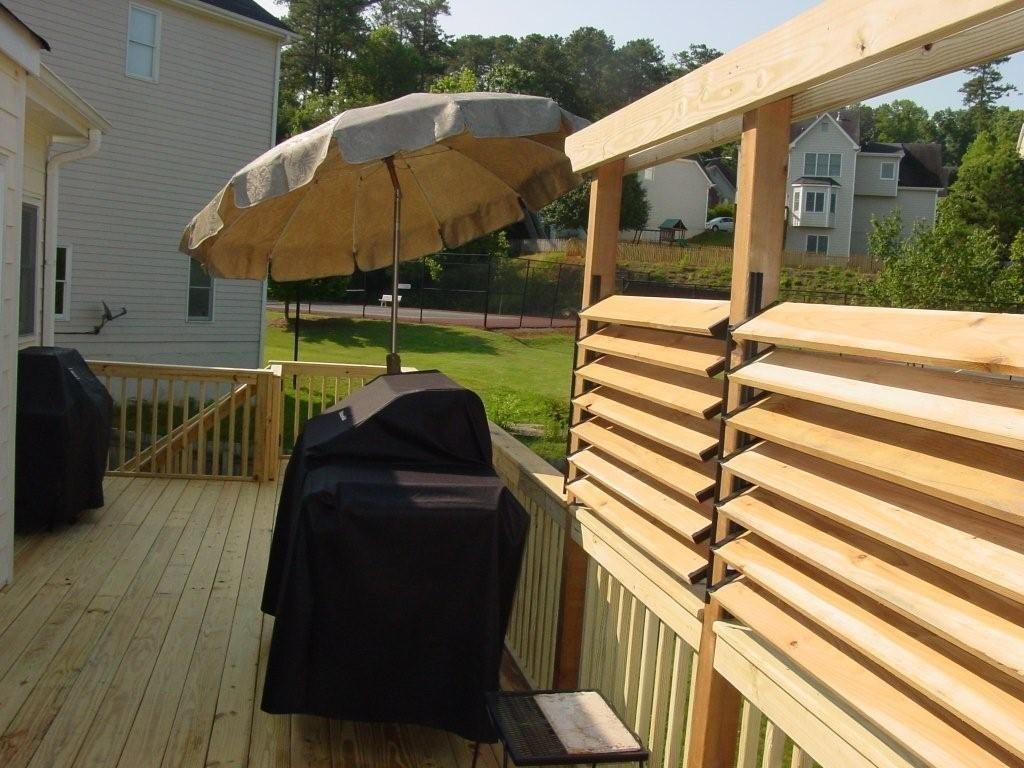 Picture of: Diy Privacy Fence Ideas Deck