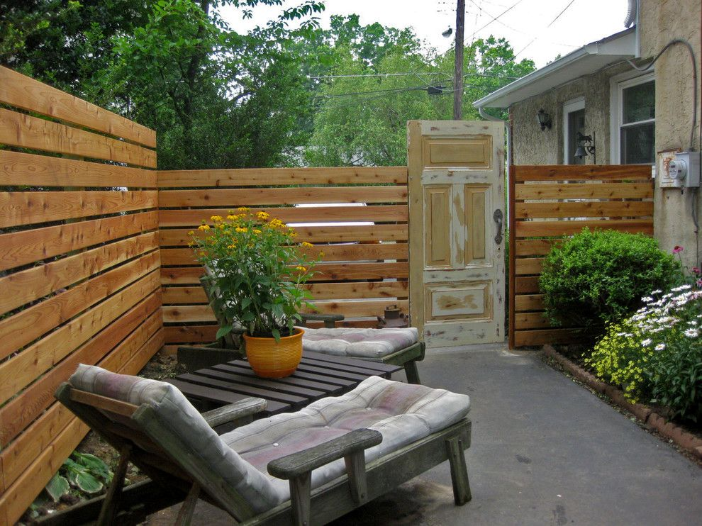 Picture of: Diy Privacy Fence Ideas Design