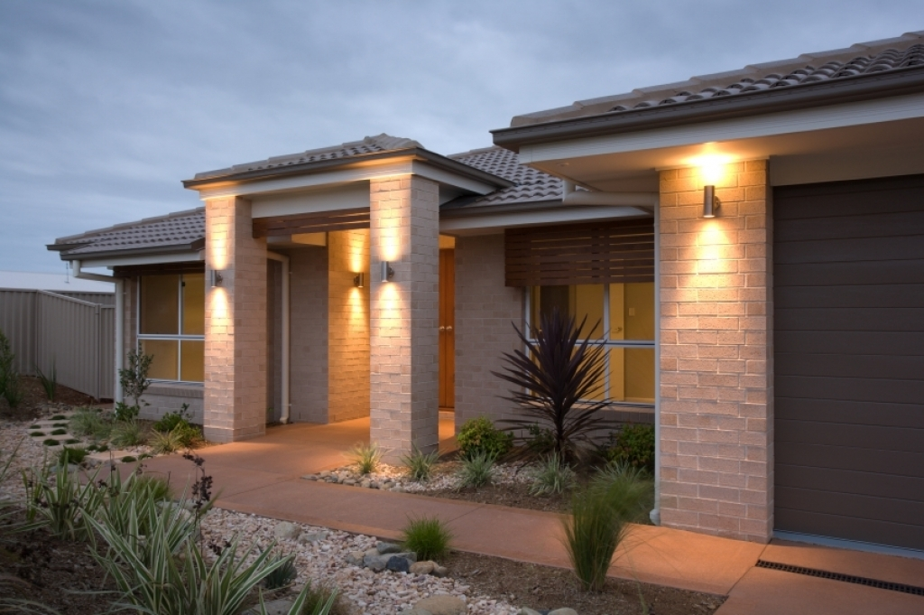 Picture of: Fabulous Craftsman Outdoor Lighting