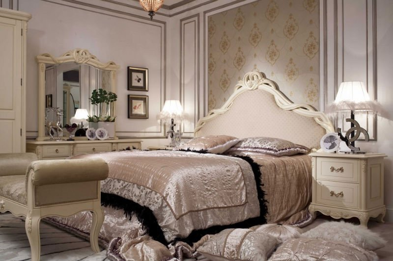 Image of: French Bedroom Sets Maine