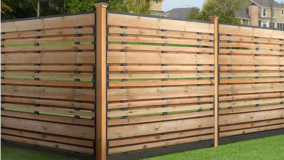 Picture of: Gallery Horizontal Fence Panels