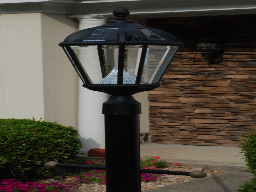 Picture of: Garden Outdoor Pole Lamps
