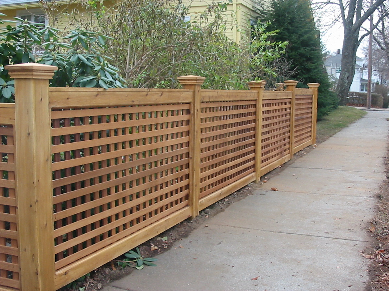 Picture of: Garden Wood Fence Images