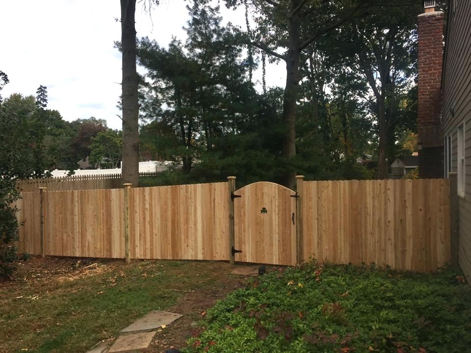 Picture of: Gates Wood Fence Repair
