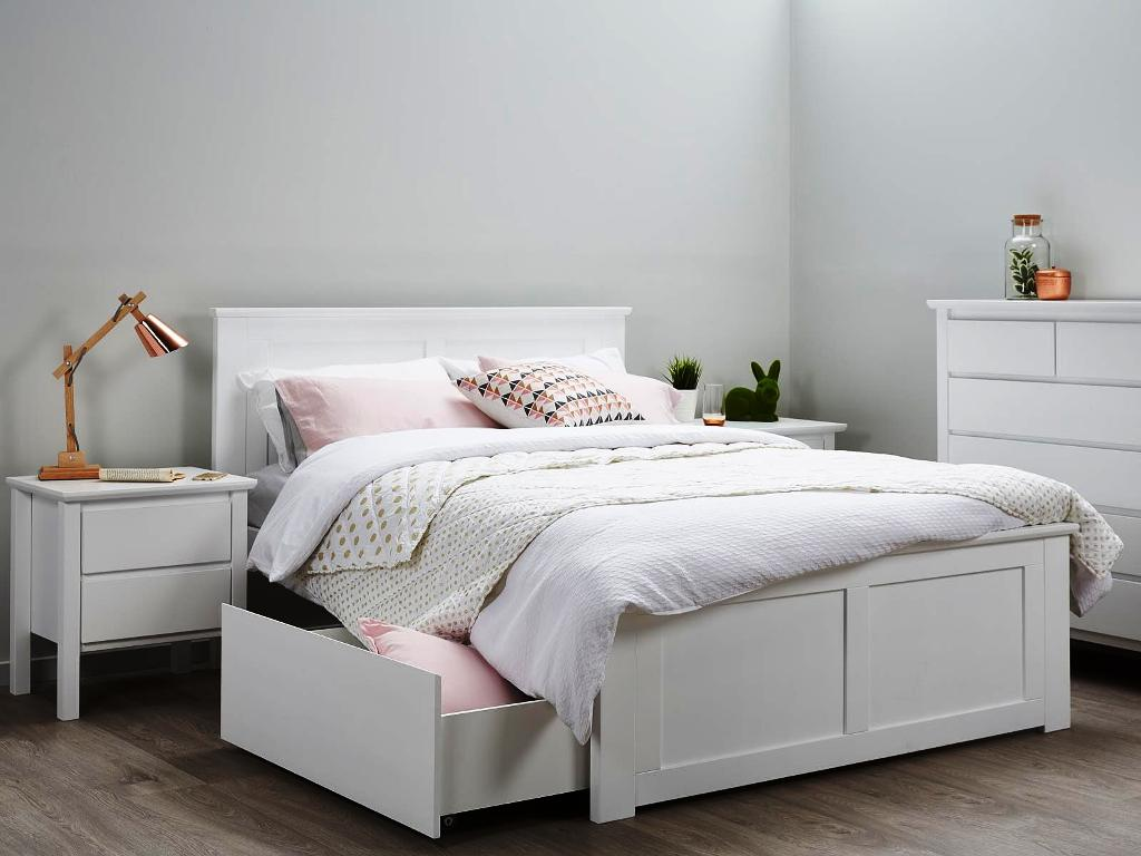 Girl Contemporary Bedroom Sets