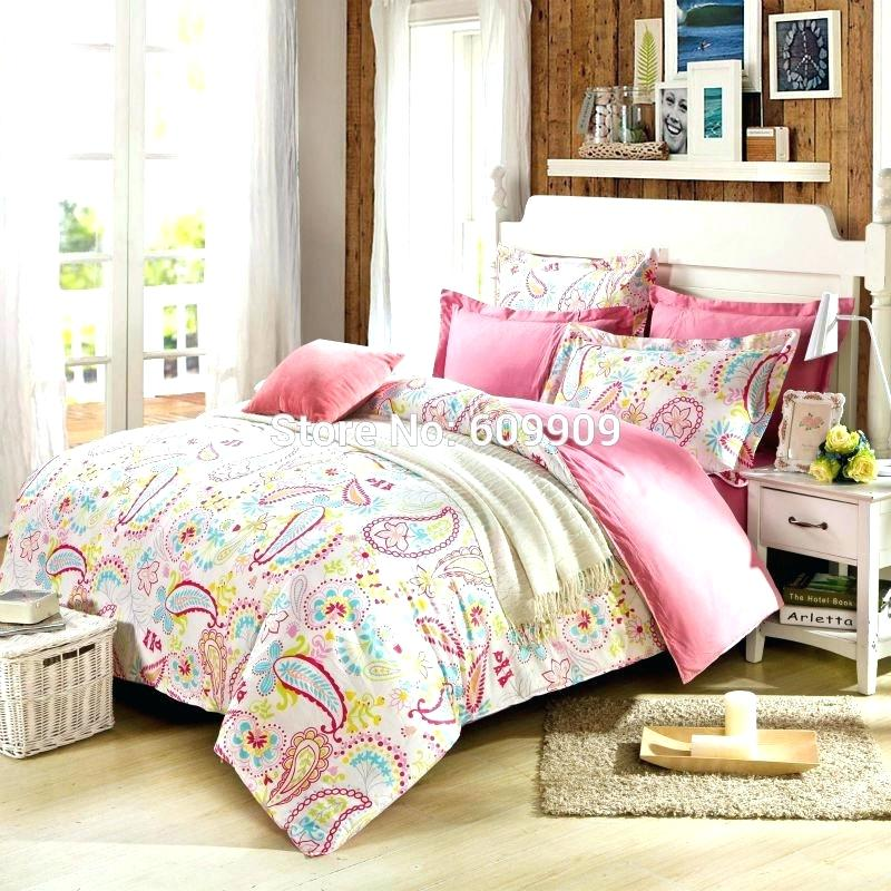 Image of: Girl Duvet Cover Clips