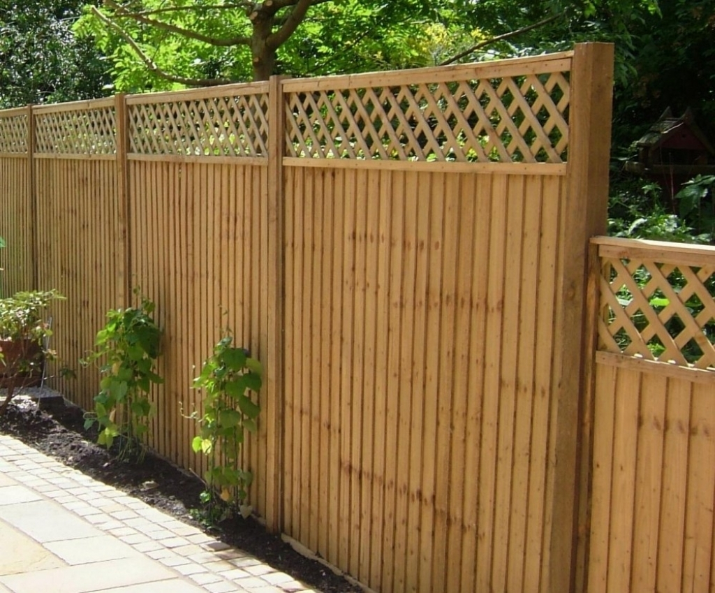 Picture of: Good Installing Fence Panels