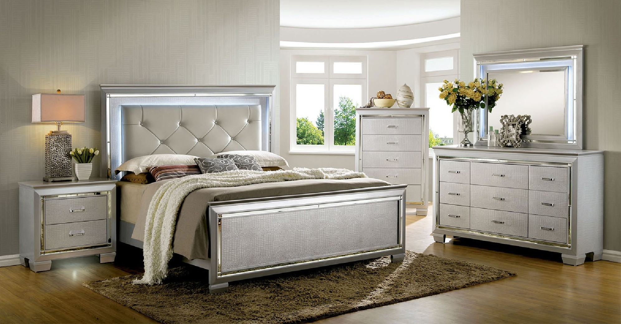 Picture of: Good Silver Bedroom Set Ideas