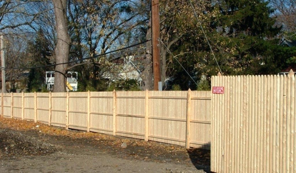 Picture of: Good Stockade Fence Panels Ideas