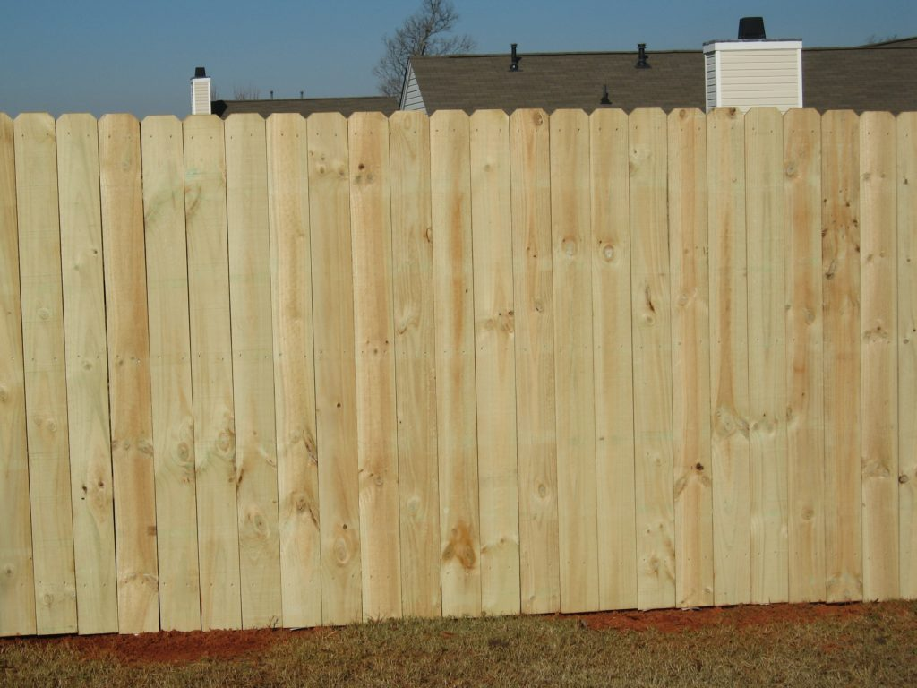 Picture of: Good Stockade Fence Panels