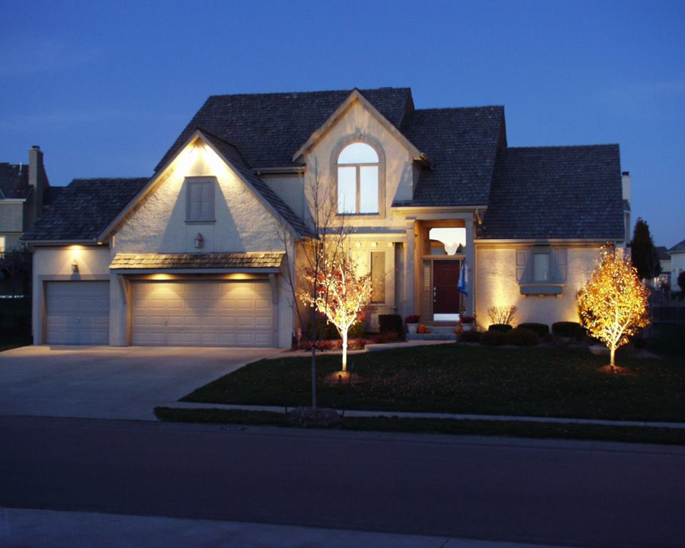 Picture of: Great Commercial Outdoor Lighting