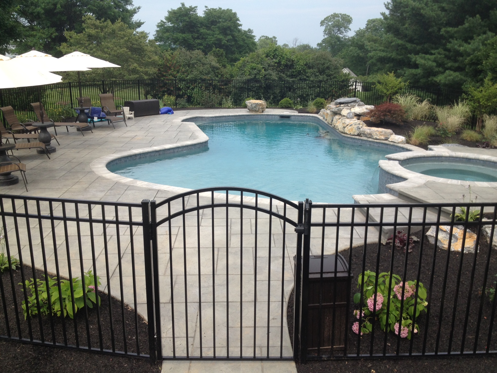 Image of: Great Metal Pool Fence