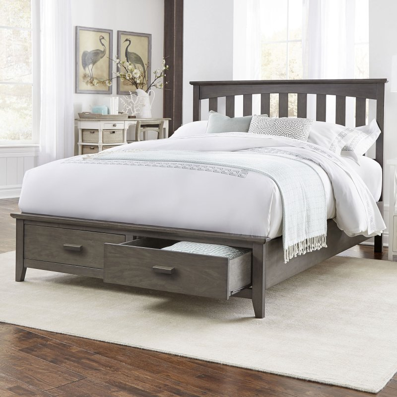 Image of: Great Solid Wood Storage Bed