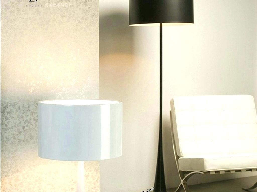 Picture of: Hampton Outdoor Pole Lamps