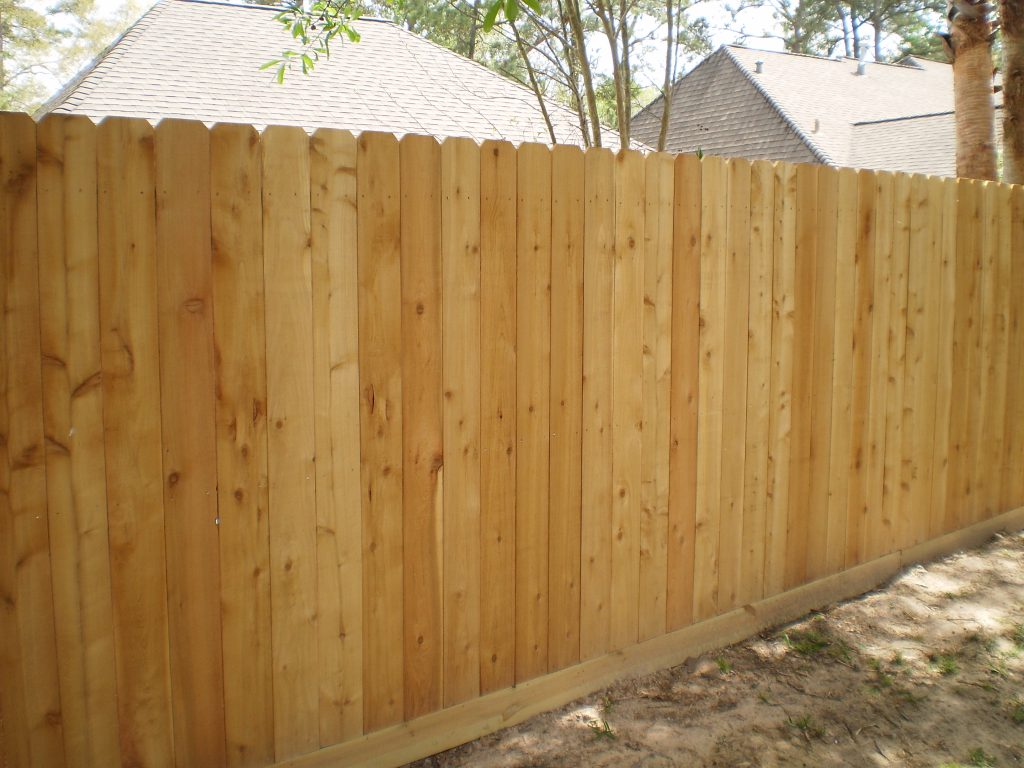 Picture of: Horizontal Wood Fence Panels Gate