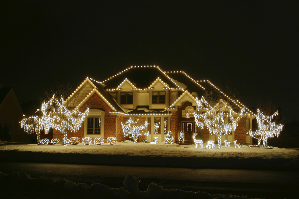 House Outdoor Christmas Lamp Post