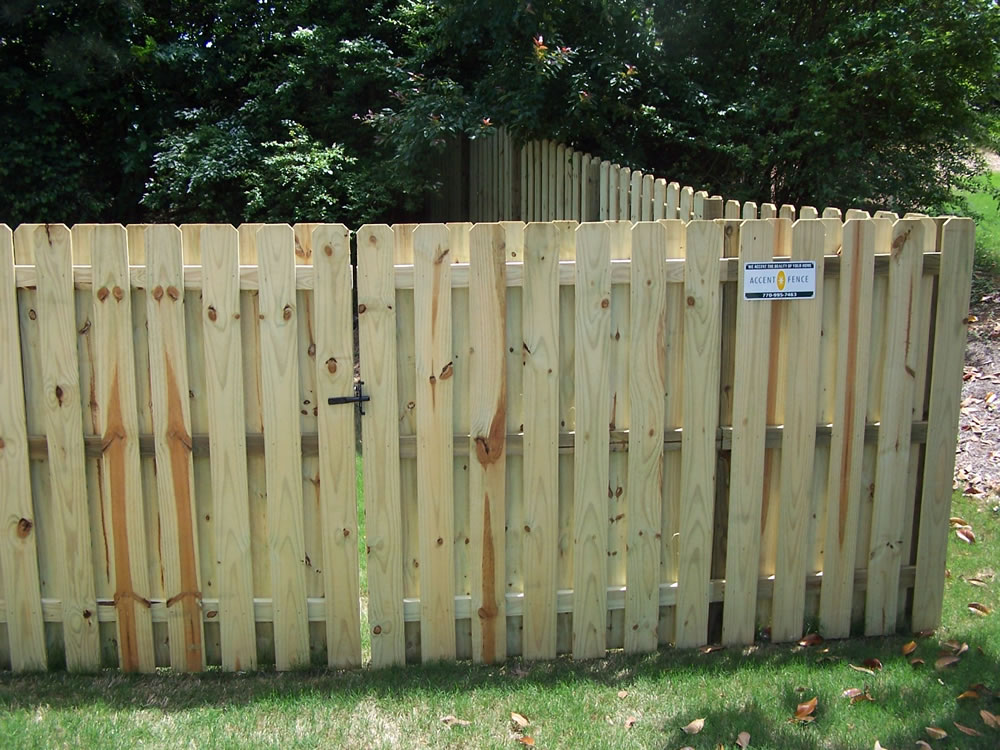 Picture of: How To Install A Shadow Box Wood Fence