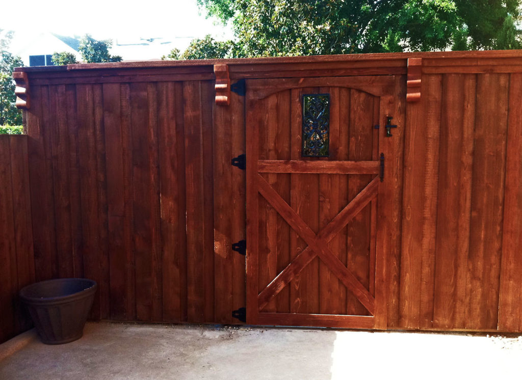 Image of: How to Install a Metal Privacy Fence