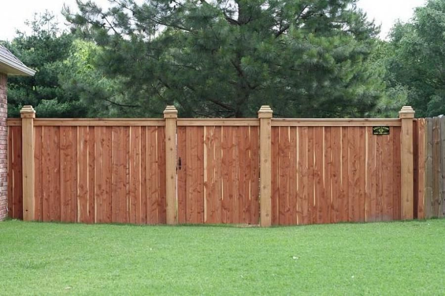 Picture of: Inexpensive Yard Fences Install