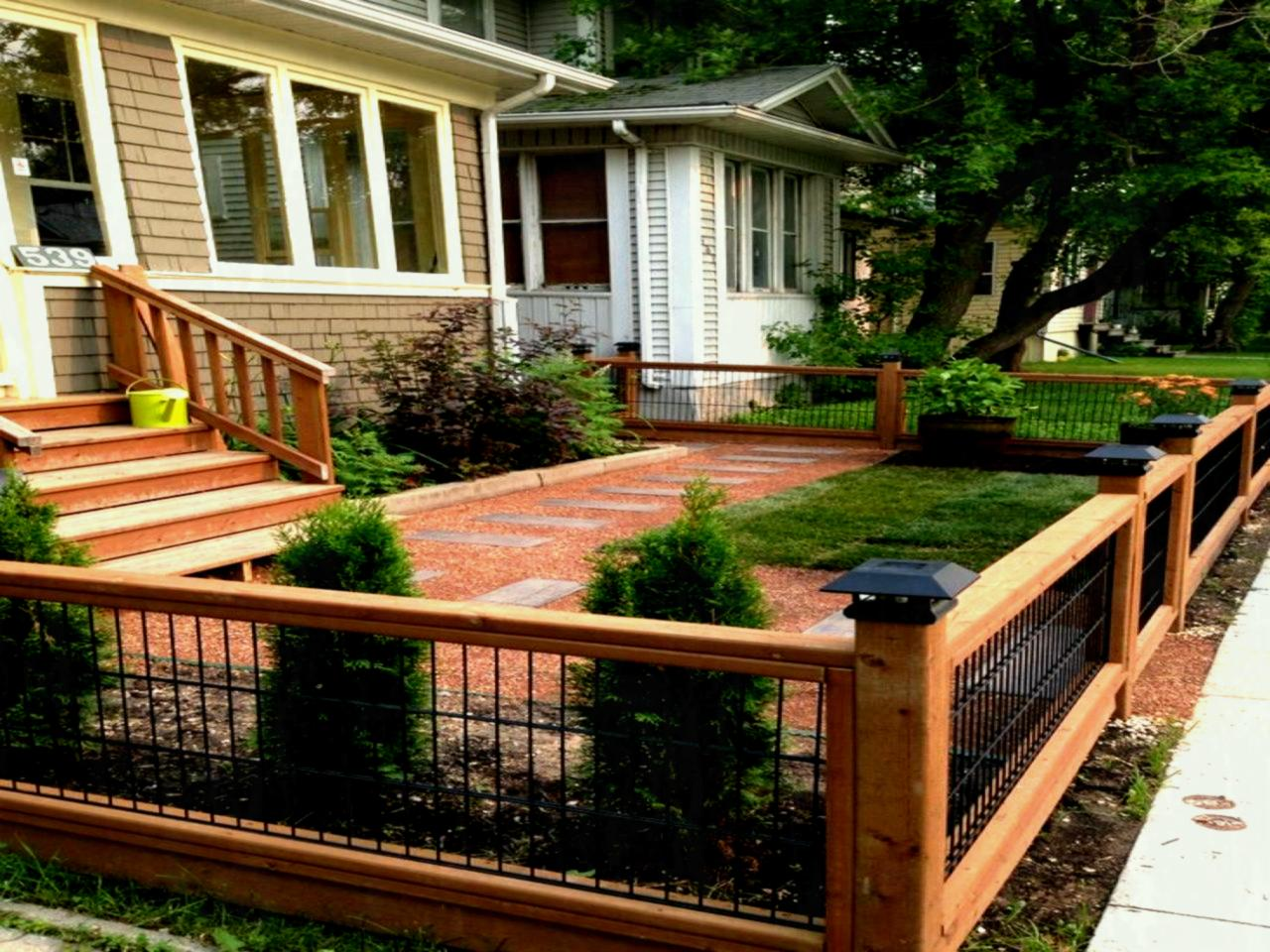 Picture of: Inexpensive Yard Fences Model