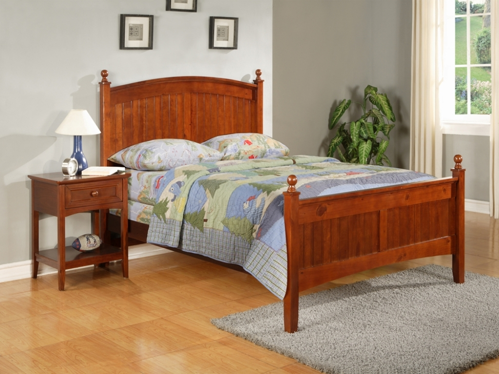 Jordan Furniture Platform Bed