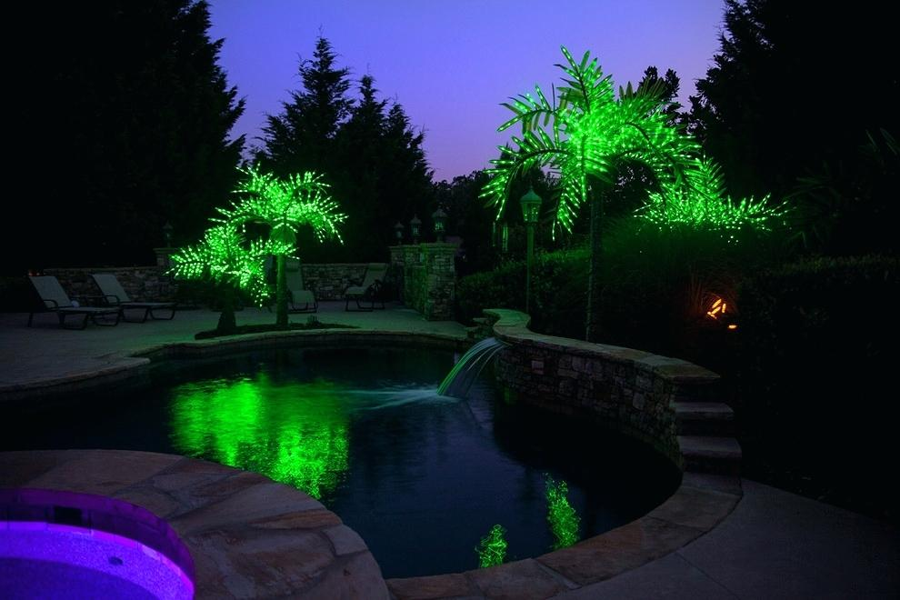 Picture of: Led Outdoor Lighted Palm Tree