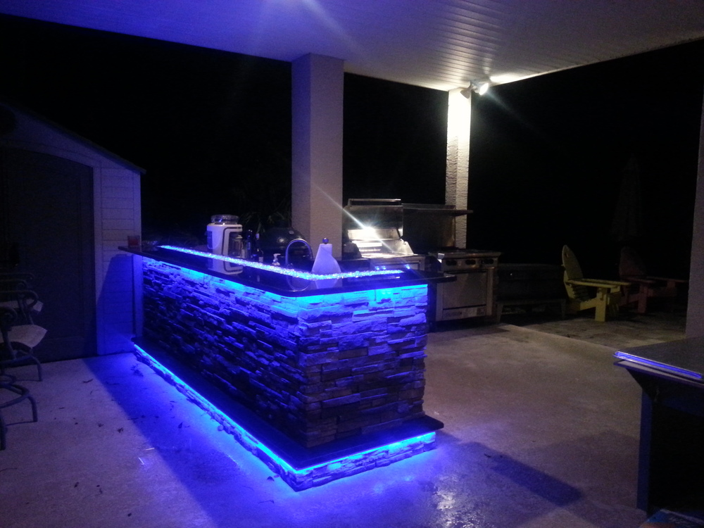 Picture of: Led Outdoor Lights Kitchen