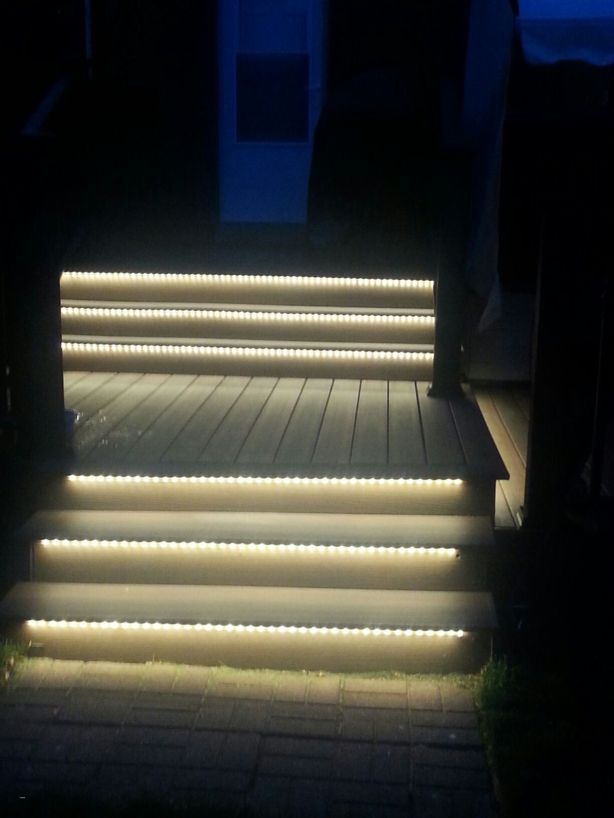 Picture of: Led Outdoor Step Lights Color