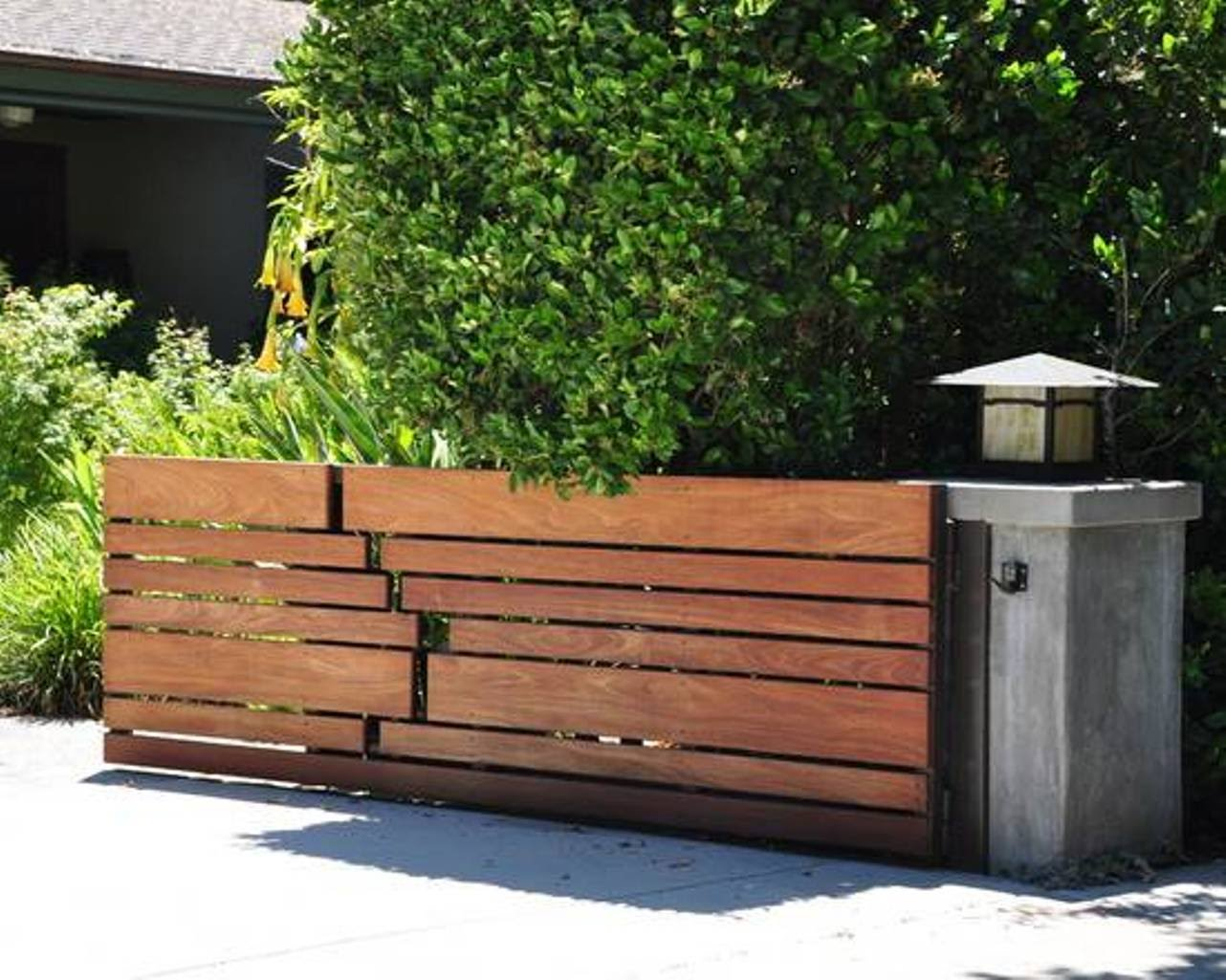 Picture of: Long Wood Fence Gate Designs