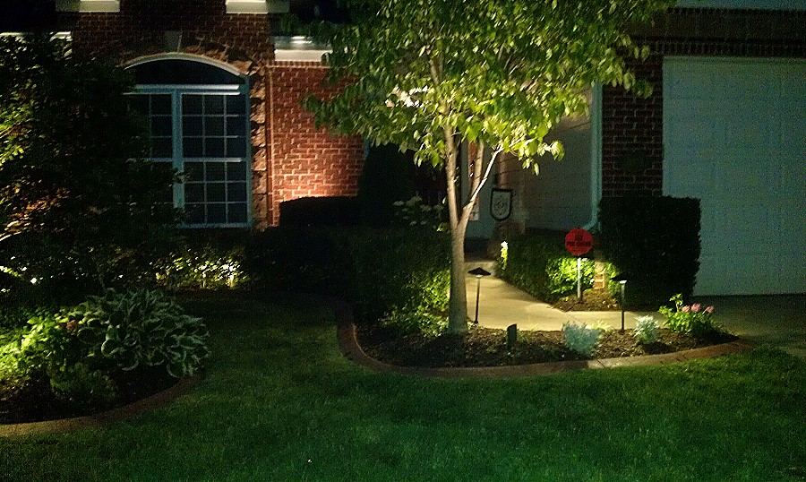 Picture of: Low Voltage Led Outdoor Lighting Tree