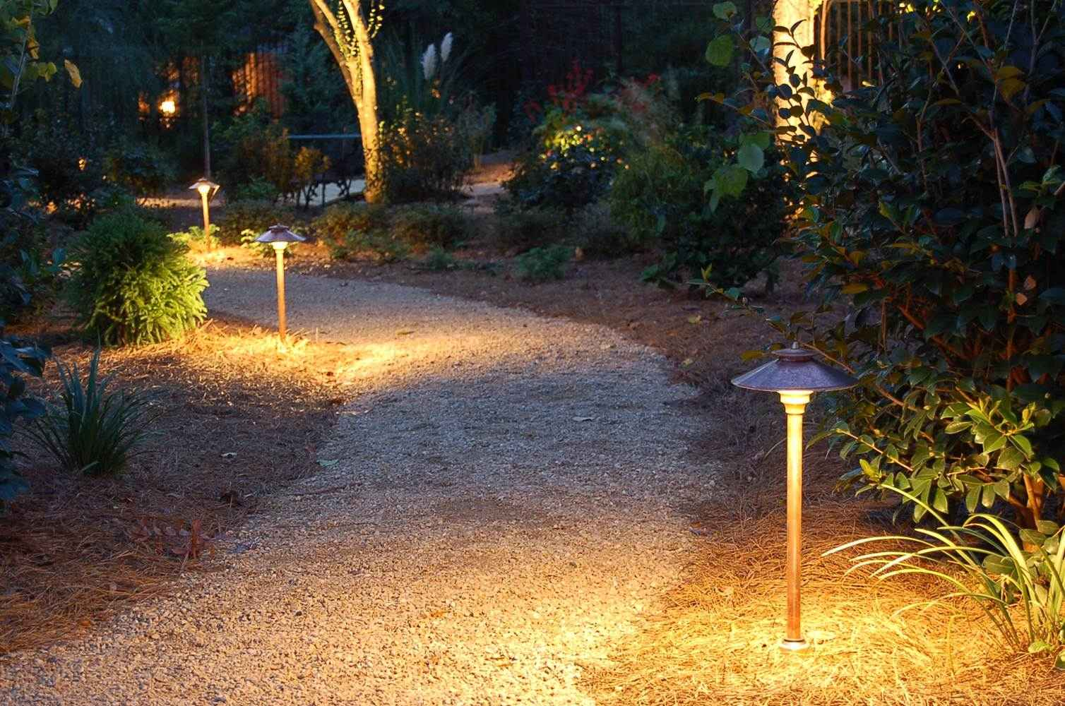Picture of: Low Voltage Outdoor Lighting Path