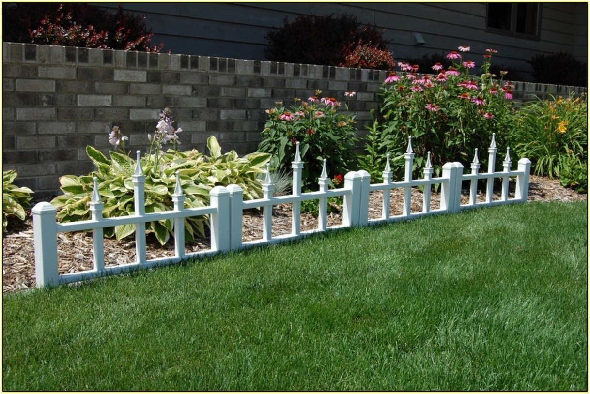 Picture of: Lowes Front Fence Ideas