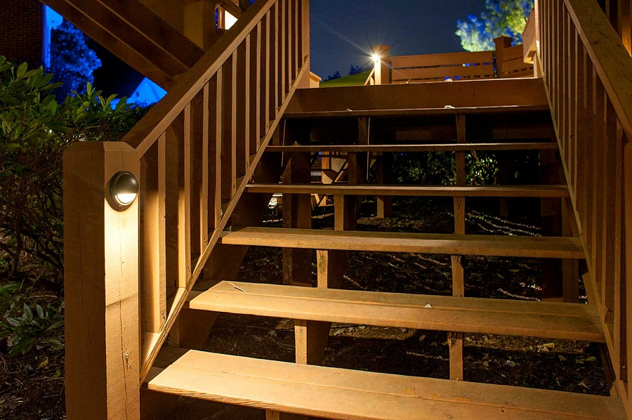 Picture of: Luxury Ideas for Outdoor Deck Lighting