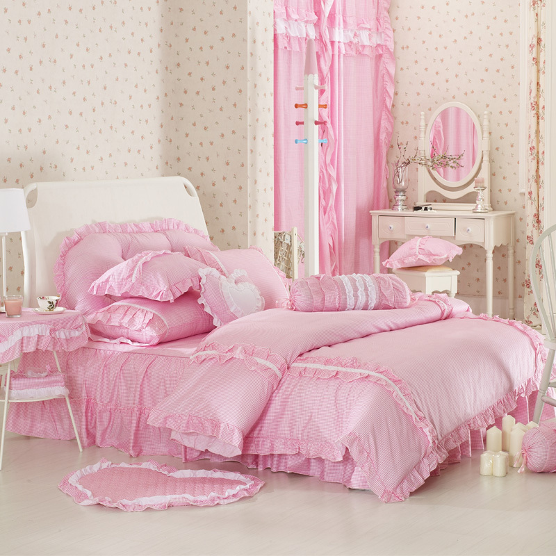 Picture of: Luxury Pink Twin Comforter Set