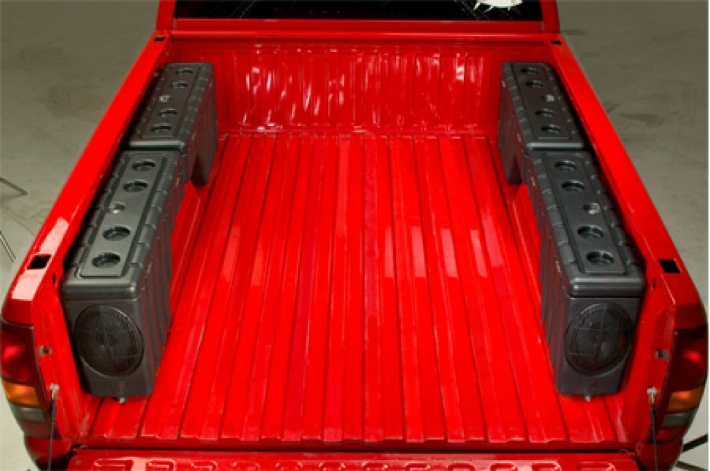 Image of: Maximize Truck Bed Storage Containers