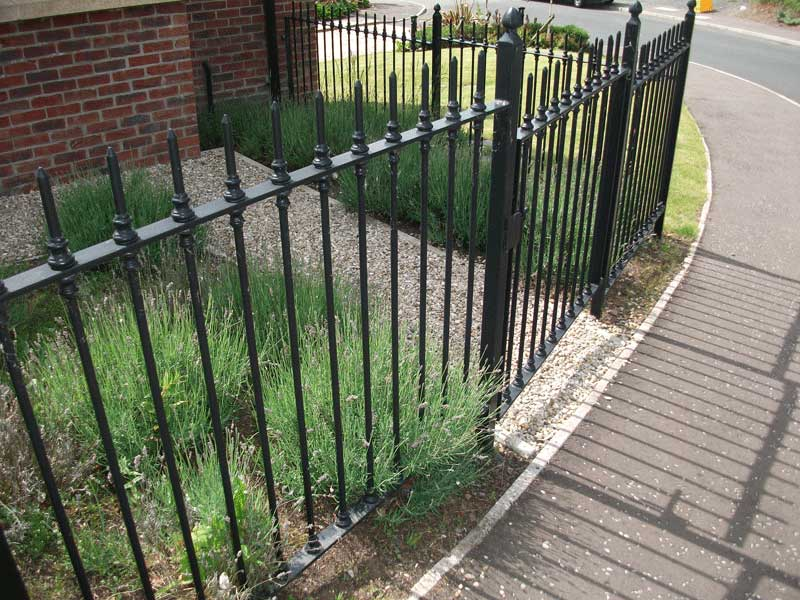 Picture of: Metal Garden Fencing Rail