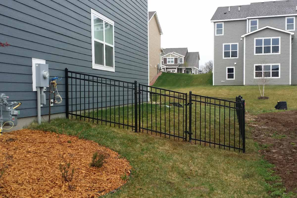 Metal Home Fence Ideas
