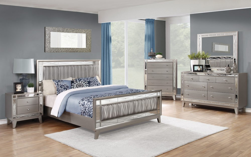 Image of: Mirror Bed Set Style