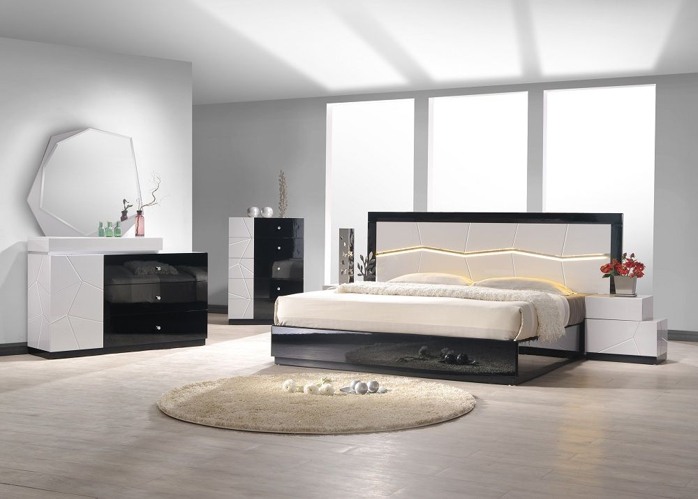 Image of: Modern Bedroom Furniture Sets Elegant