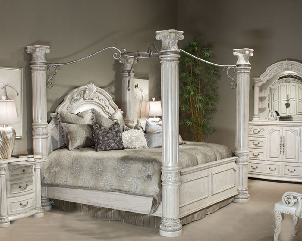 Picture of: Modern Silver Bedroom Set