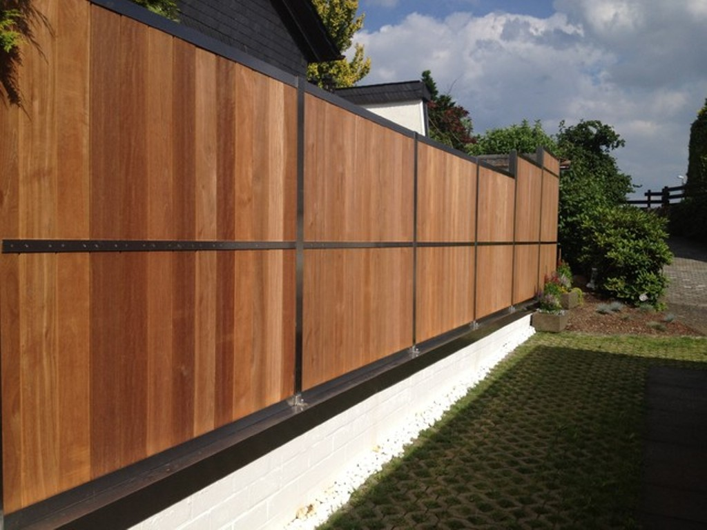 Picture of: Modern Wood Fence Agreeable