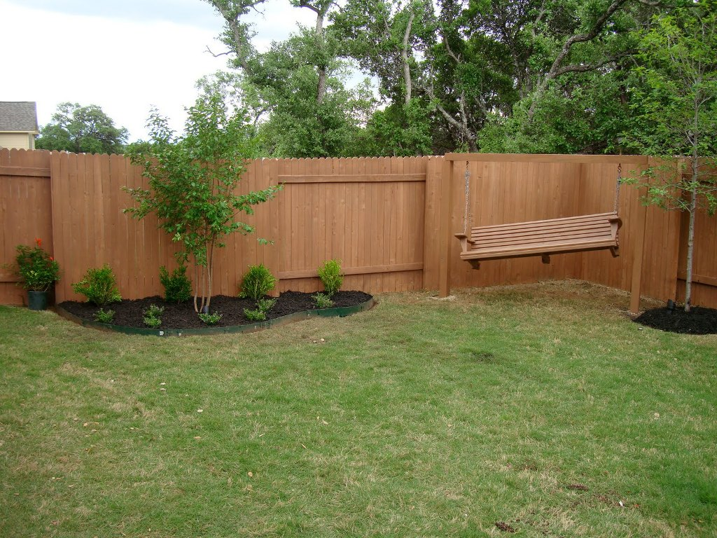 Picture of: Modern Wood Fence Decorative