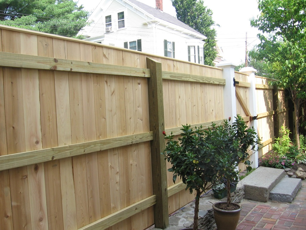 Picture of: Modern Wood Fence Design